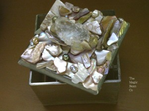 Mosaic Shell Box